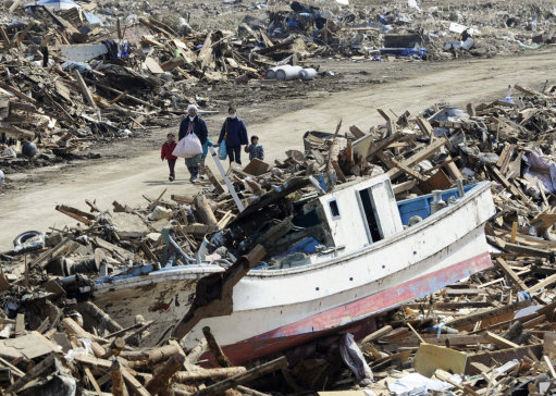 More than 10,000 people were killed in the earthquake and tsunami ...