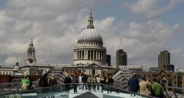 Free entry for children to St Paul's Cathedral is on offer during the ...