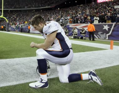Tim Tebow is famous for 'Tebowing' - getting down on one knee to pray ...