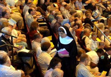 Legislation to allow women bishops was narrowly defeated in the ...