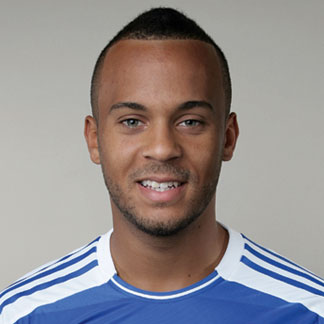 The 27-year old son of father (?) and mother(?), 179 cm tall Ryan Bertrand in 2017 photo