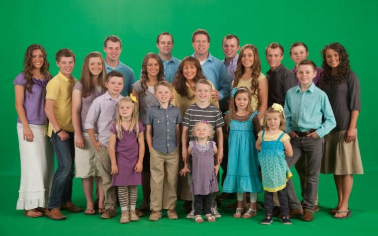 17 and counting duggars religion christian