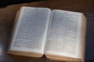 no-more-free-bibles-allowed-in-oklahoma-school-district