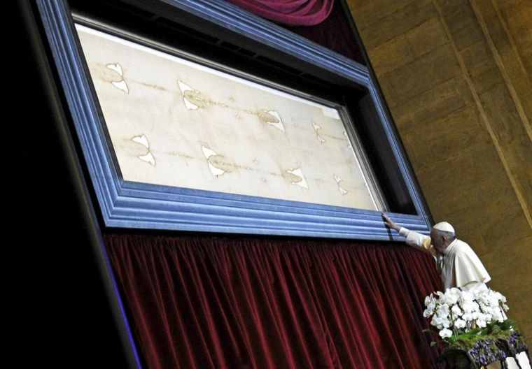 shroud of turin new carbon dating