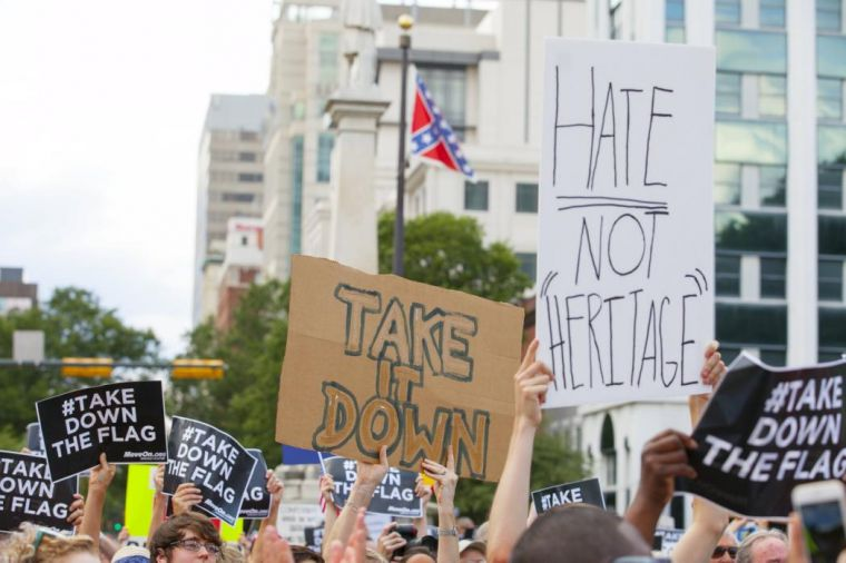the southern battle flag should be viewed as the symbol of the civil war Photo: opponents of local civil rights activists raise a confederate flag   americans used the confederate flag as a symbol of their resistance  during  today's raging culture wars over the confederate flag, americans should.