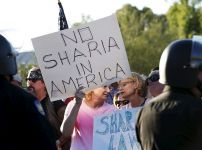 anti-islam-protest-in-phoenix-arizona