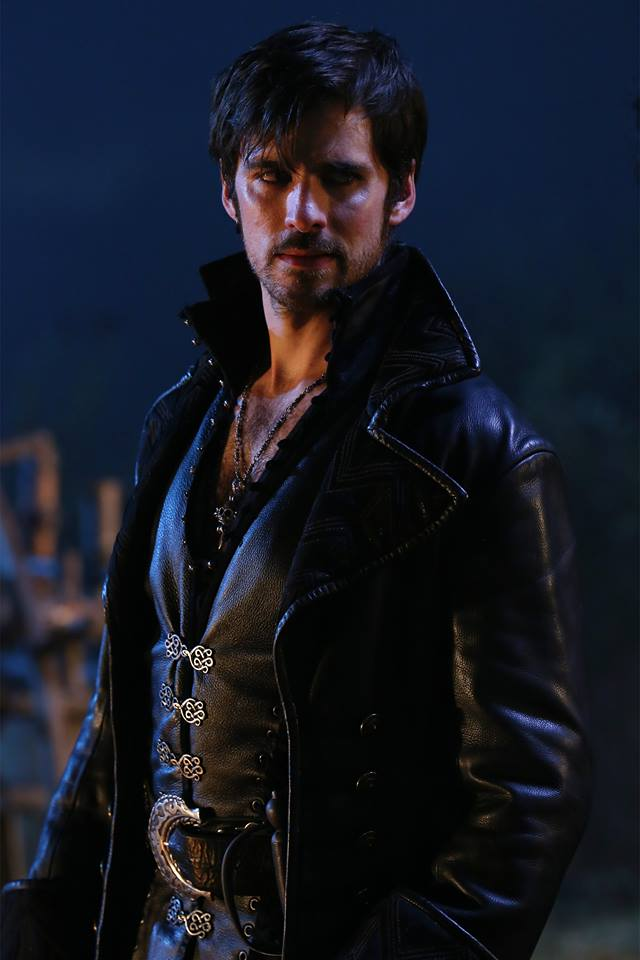 once upon a time season 5 spoilers hook dies Check out our once upon a time season 5b spoilers in this special episode as well as a headstone with hook's name on it, with emma finishing the interview whether one can be killed in the underworld, to which they.
