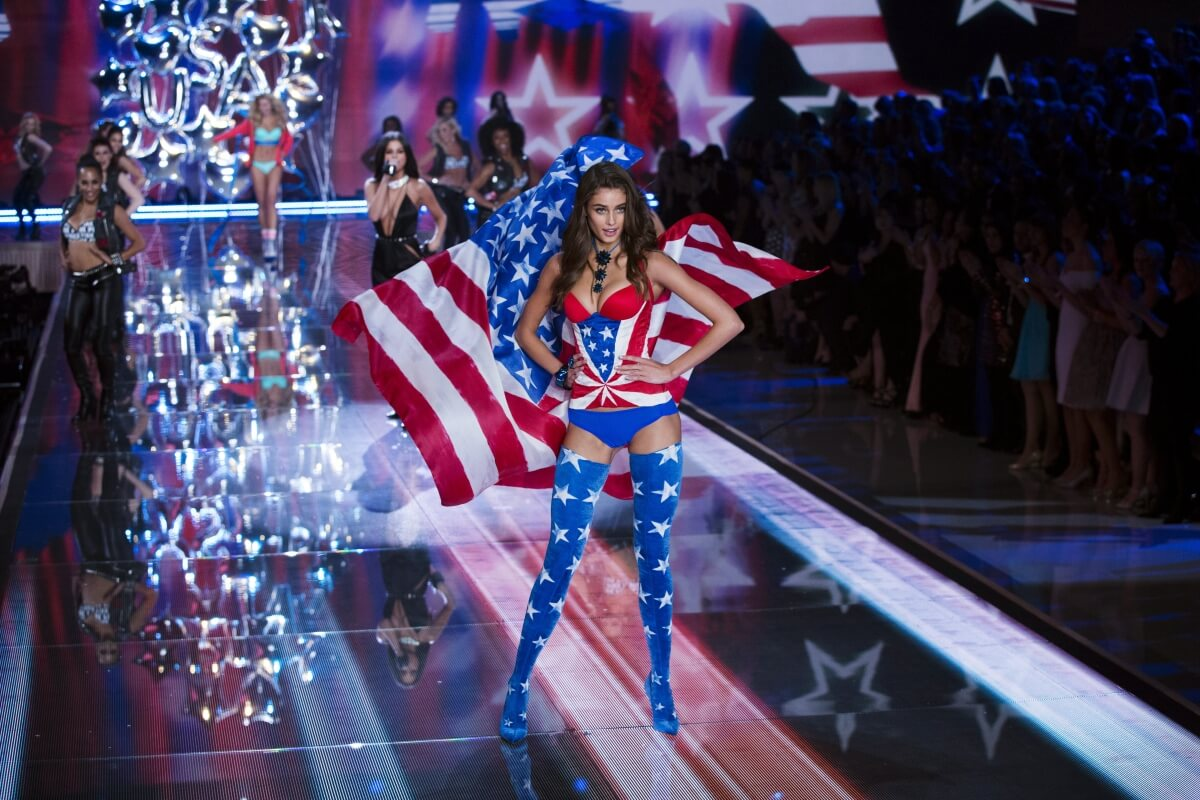 Heaven-Sent Angels Rock Runway At Victoria's Secret Fashion Show!