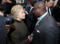 hillary-clinton-with-black-pastors