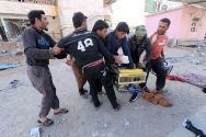 syrians-fight-over-looted-generator