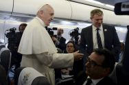 pope-speaks-to-journalists-aboard-papal-plane
