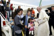 pope-francis-greets-syrian-refugees-in-rome
