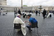 pope-francis-hears-youths-confession