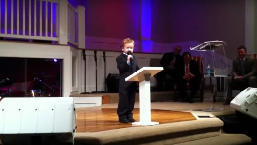 the-enthusiasm-of-this-four-year-old-preacher-proves-that-age-doesnt-matter-to-god