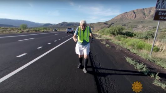 93-year-old-runs-across-the-us-to-remind-us-of-the-cost-of-freedom