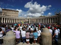 thousands-in-vatican-square-for-angelus-on-sunday