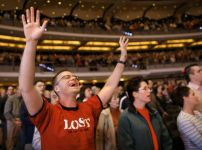 american-christian-worshippers