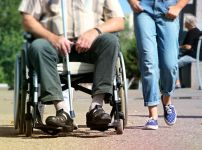 getting-exercise-an-older-person-and-their-companion