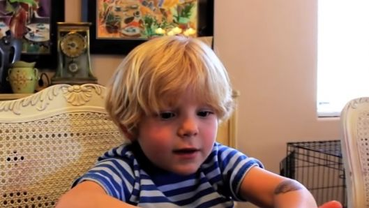 year-old-tries-to-have-a-conversation-with-siri-but-it-doesnt-turn ...