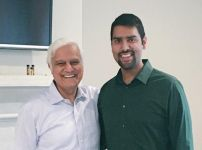 dr-ravi-zacharias-with-nabeel-qureshi