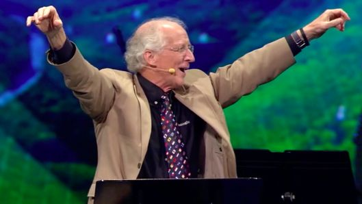 john-piper-challenges-those-who-think-unbelievers-are-more-likable-than-christians